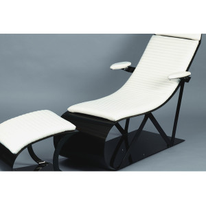 Carbon fiber lounge chair